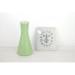 Lilien Porzellan Vase grün